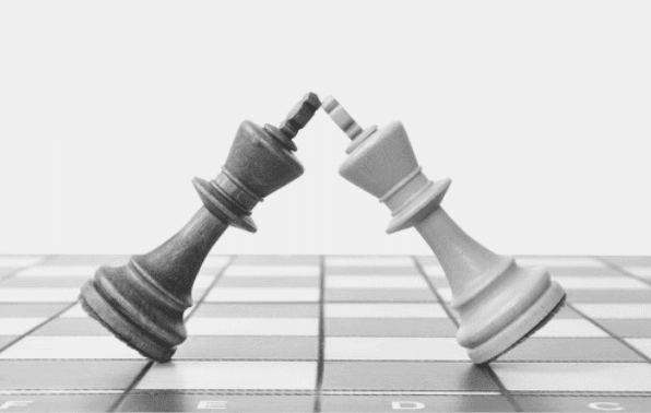 Featured Images - Chesspiece. Two king pieces Image from Pixabay
