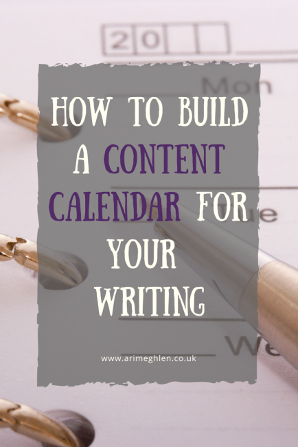 banner how to build a content calendar with image of a calendar and pen