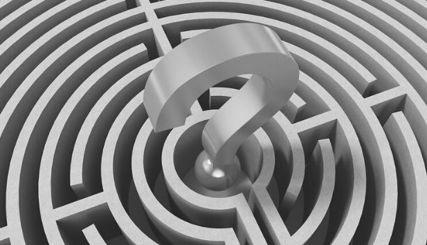 Featured Images - Vector image of a maze with a 3D question mark in the centre. Image from Pixabay