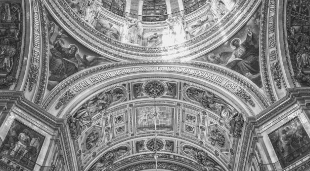 Featured Image - St Petersburg ceiling. Image from Pixabay