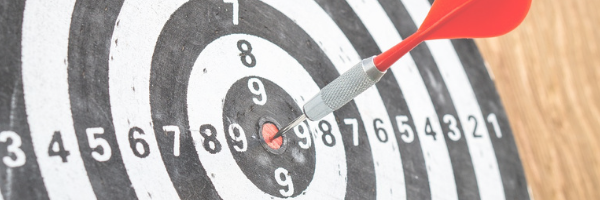 Image: Target with dart in the bullseye