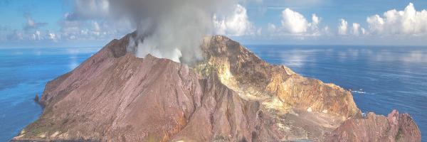 Active volcano in New Zealand. Pixabay image
