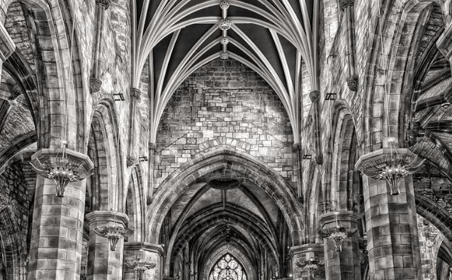 Featured Images - How to build your World-Religion. Image of the inside of a church. Image of Pixabay